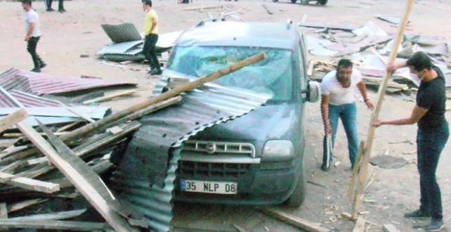 Muş'ta fırtına etkili oldu
