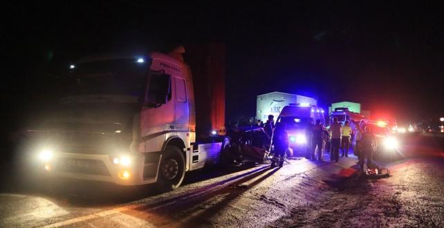 Muğla'da otomobil ile tır çarpıştı: 1 ölü, 3 yaralı