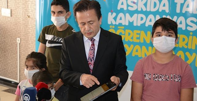 Tuzla'da 'Askıda Tablet' kampanyası