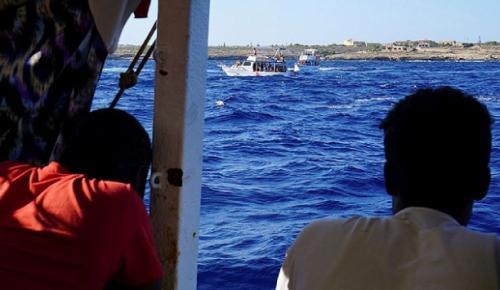 Libya açıklarında 119 düzensiz göçmen yakalandı