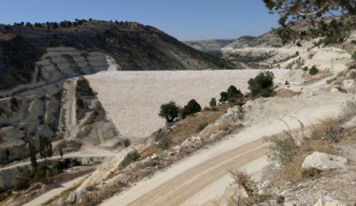 Mersin Aksıfat Barajı'nda gövde dolgusu tamamlandı