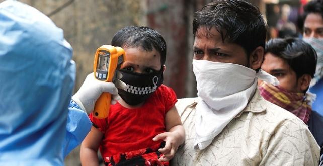 Hindistan'da COVID-19'dan ölenlerin sayısı 100 bini geçti