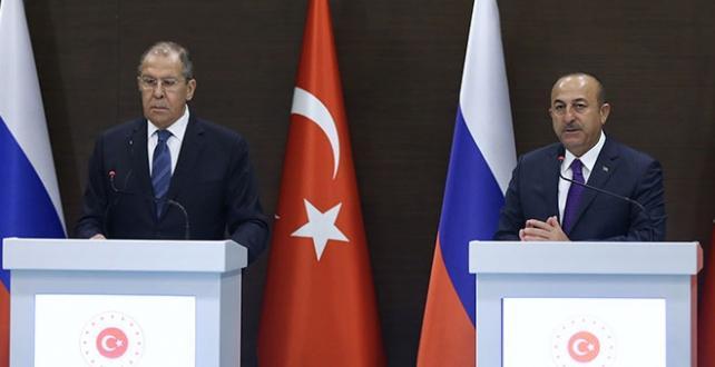 Bakan Çavuşoğlu'ndan Lavrov'a: Ermenileri uyarın