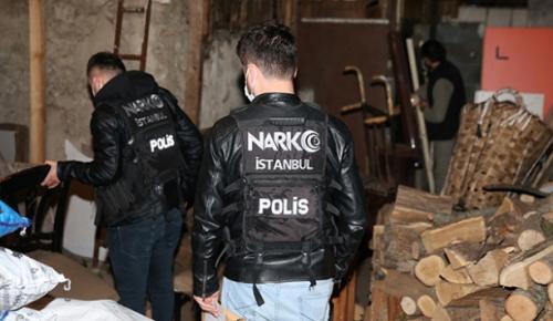 6 aylık çalışma sonucu sokak satıcıları kıskıvrak yakalandı