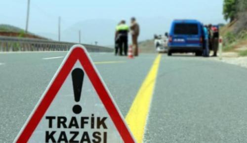 Sivas'ta servis midibüsü kaza yaptı