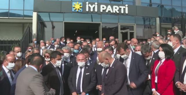 İyi Parti'de il başkanları Ümit Özdağ'ın ihracı için dilekçe verdi