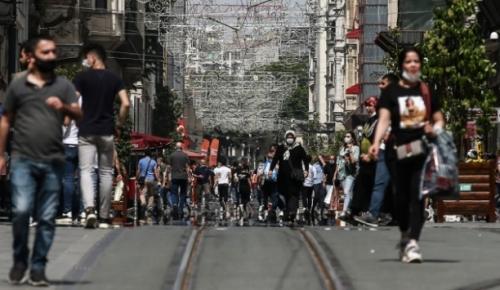 Türkiye'de iyileşenlerin sayısı 320 bin 762'ye yükseldi