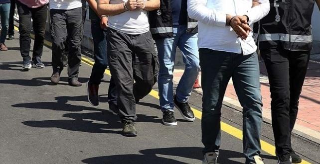 Siirt'te zehir tacirlerine yönelik operasyon: 5 gözaltı