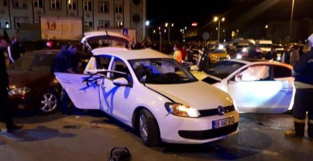 Bayburt'ta zincirleme trafik kazası: 7 yaralı