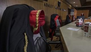 Cumhuriyet savcısı 'kamu görevlisine hakaret'ten açığa alındı