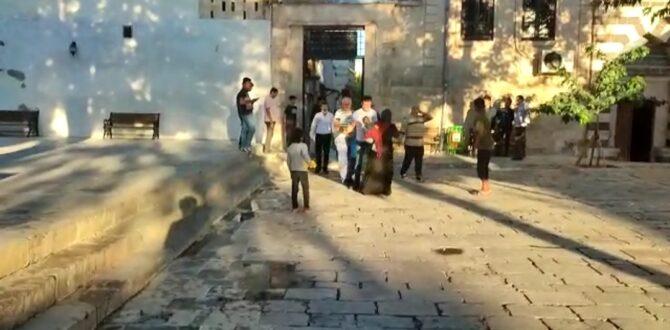 Şanlıurfa'da Dilencilerin Yer Kavgası Kameraya Yansıdı